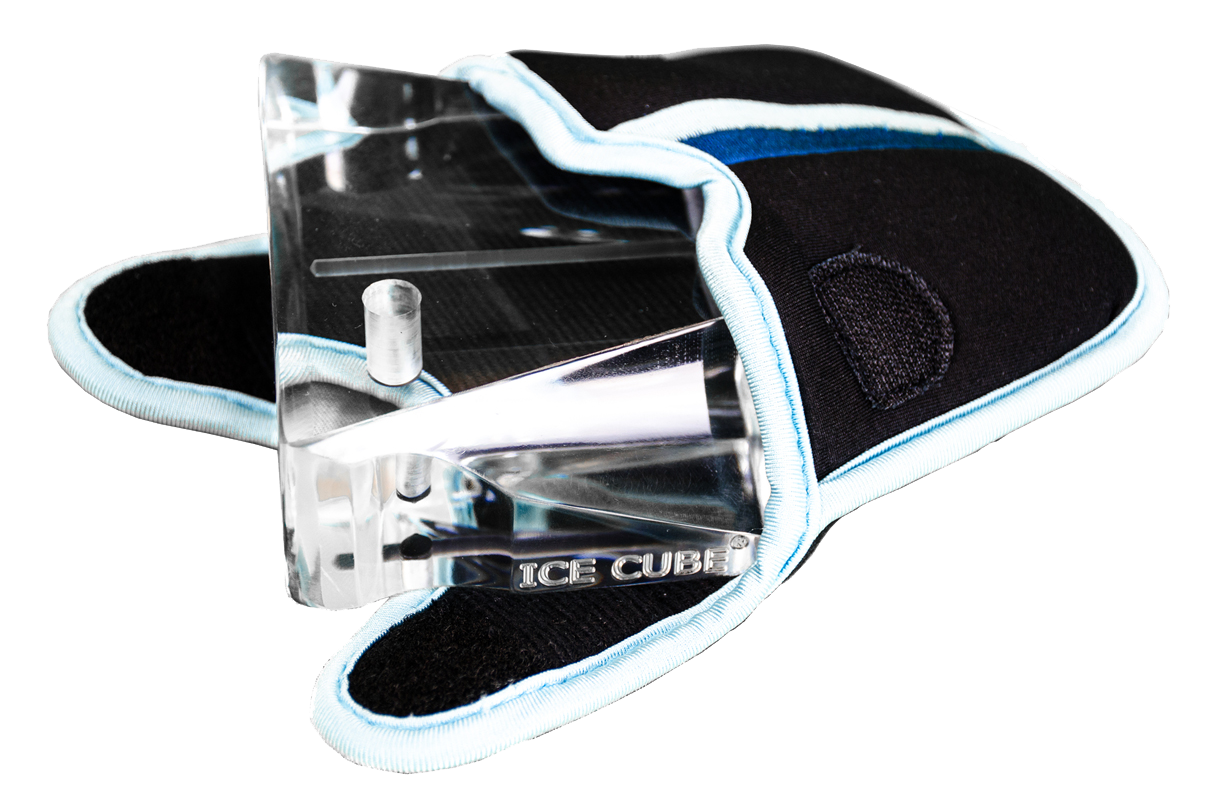 ice cube putter debuts clear head golfmagic. Black Bedroom Furniture Sets. Home Design Ideas